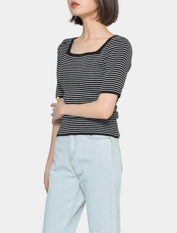 Square striped t-shirt