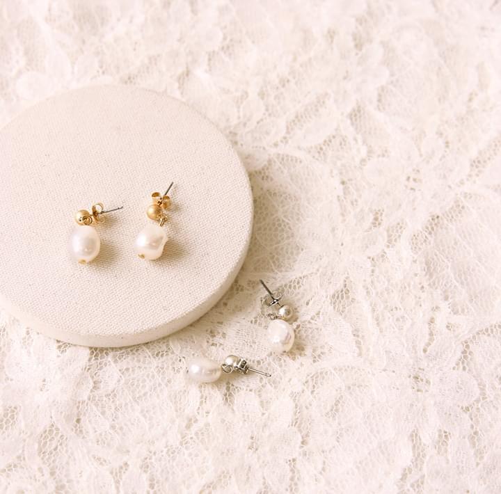 LUMA PEARL DROP EARRING 耳環