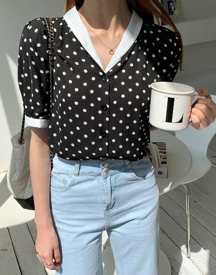 Celery dot blouse