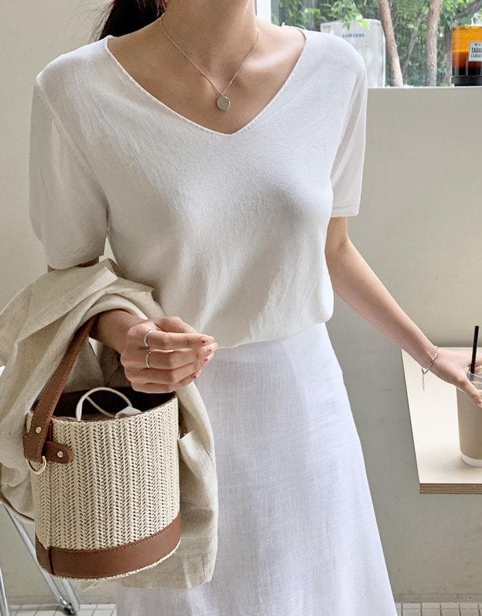 Mind V Neck Short Sleeve Knit
