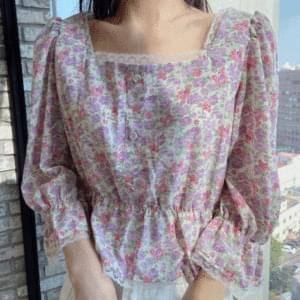 Flower lace banding blouse