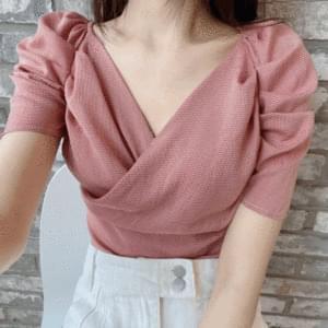 Check twist puff blouse