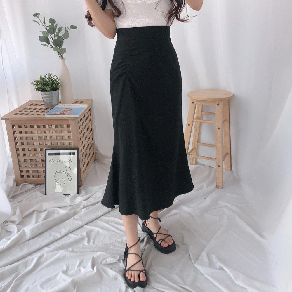 Spring plain long skirt 裙子