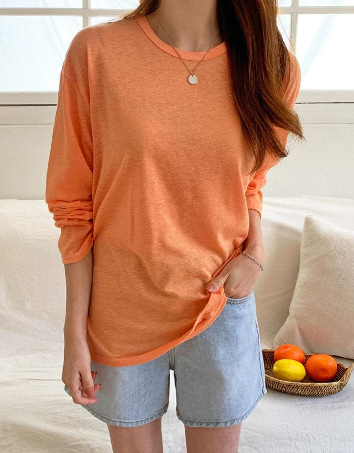 NEP color loose-fit T-shirt