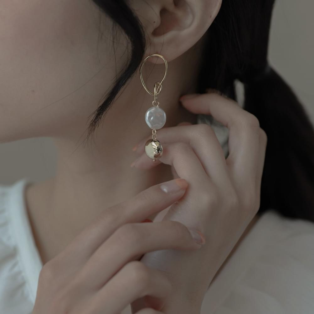 1729 gold&pearl drop earrings