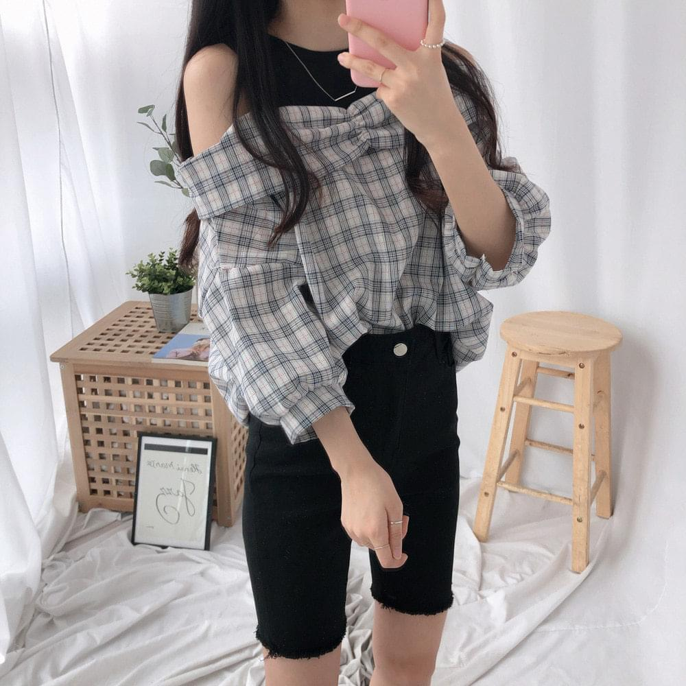 Donut Check Off Shoulder Southern Blouse ブラウス