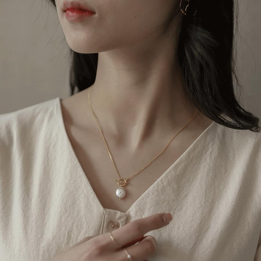 629 bar&pearl buckled necklace