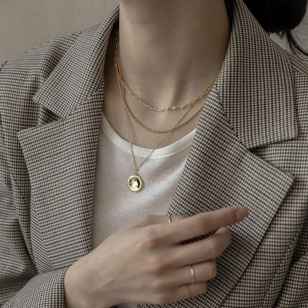 642 circleball chain layered necklace