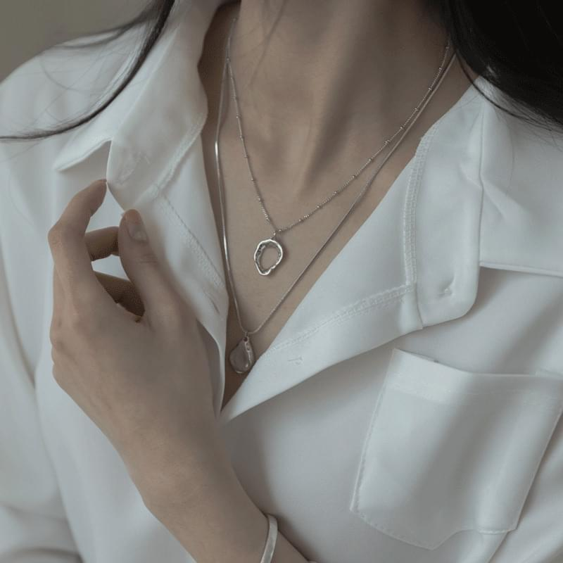 799 bold pendant layered necklace