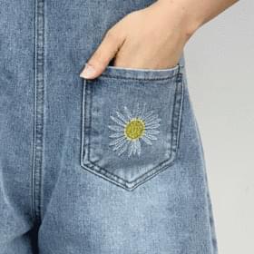 Daisy suspenders short pants 短褲