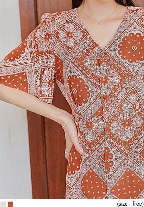 典雅佩斯利印花A字排釦洋裝