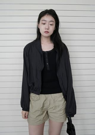 sporty crispy banding shorts 短褲
