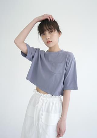 petit pocket crop T-shirts