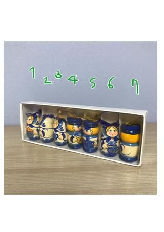 7 children russian doll