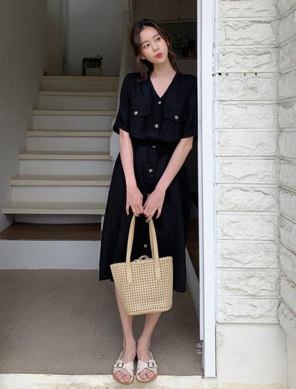 Button Point Strap Linen Dress ワンピース