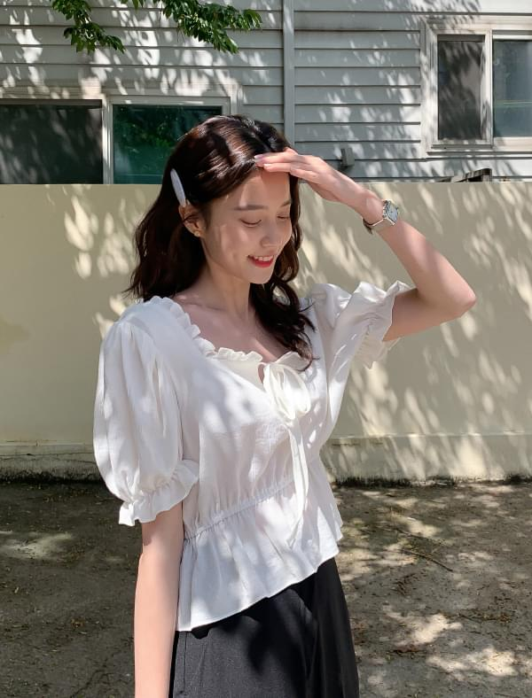 Square neck strap frill blouse 襯衫