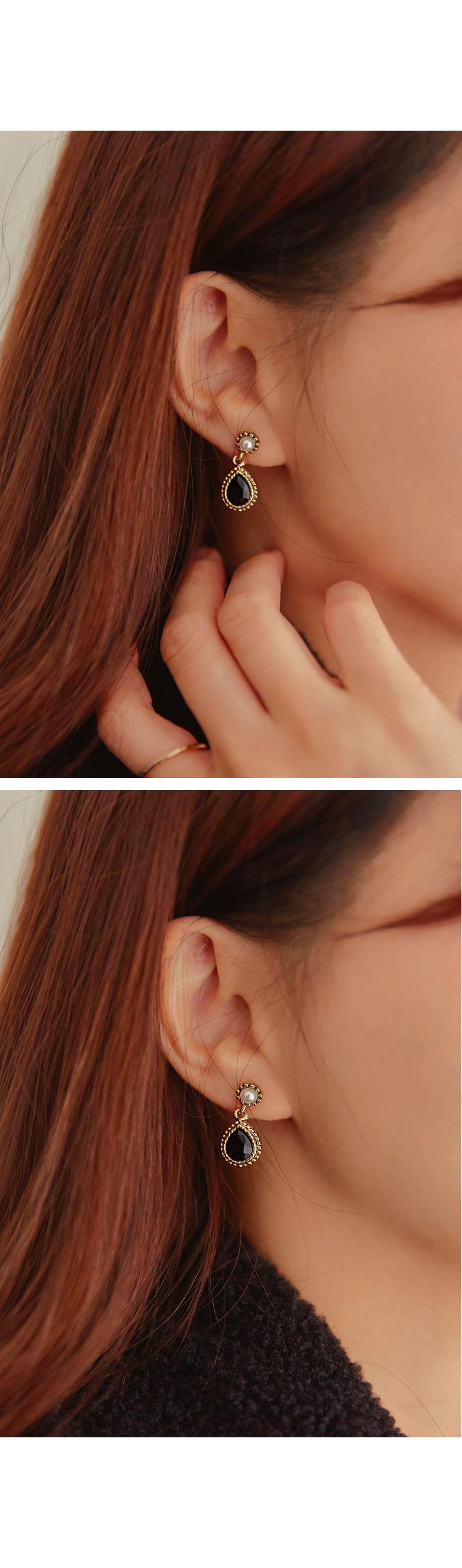 DAINA PEARL DROP EARRING