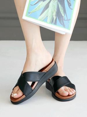 Non-cale slippers 4 cm 涼鞋