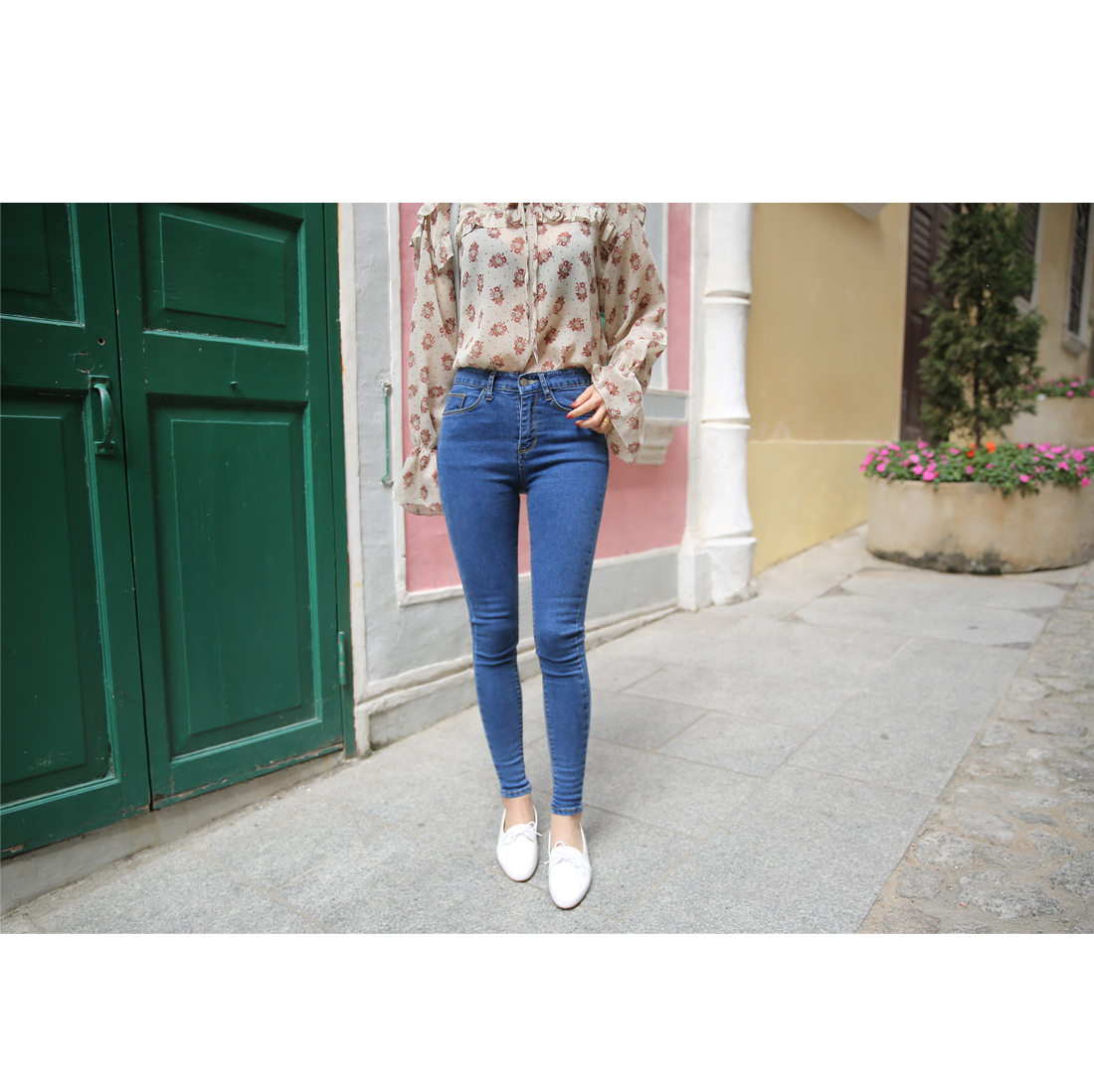 Cure High Skinny Jeans - Size 25