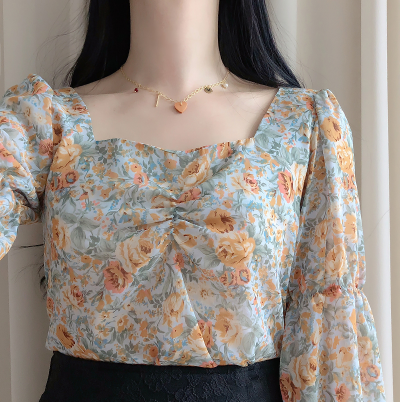 Mazel back ribbon flower blouse