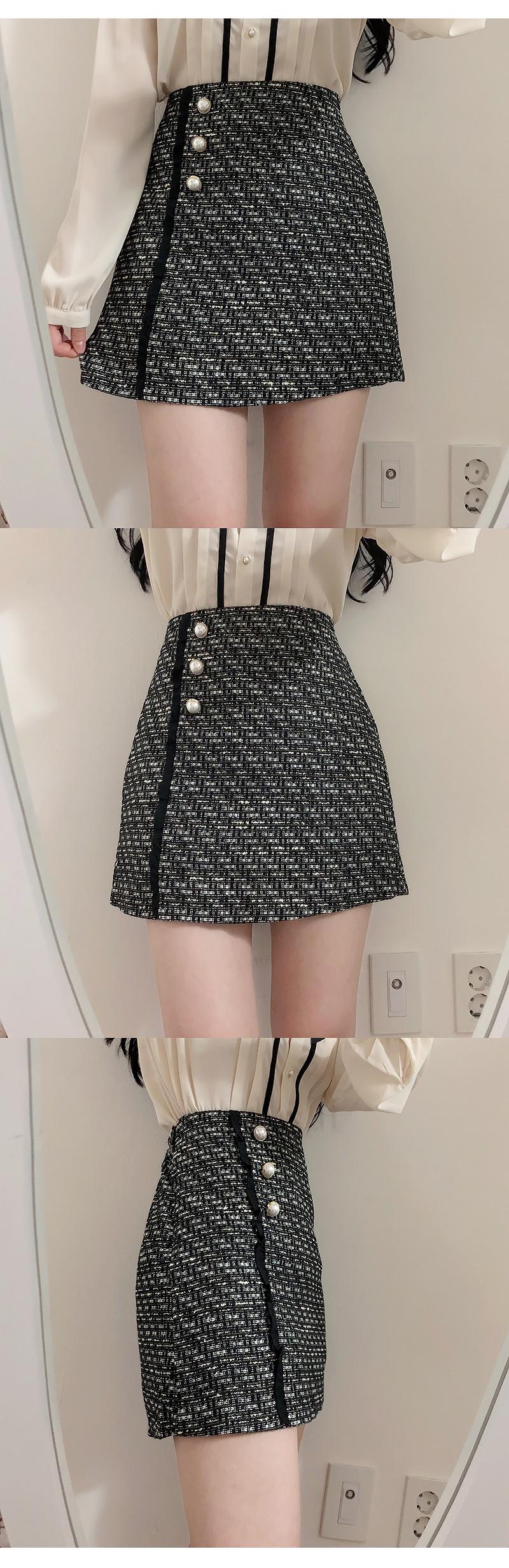 Broochset ♥ Abel pin tuck blouse
