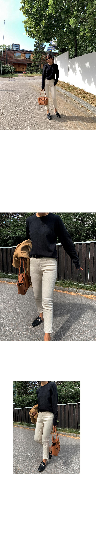 Dove Basic Round Knit