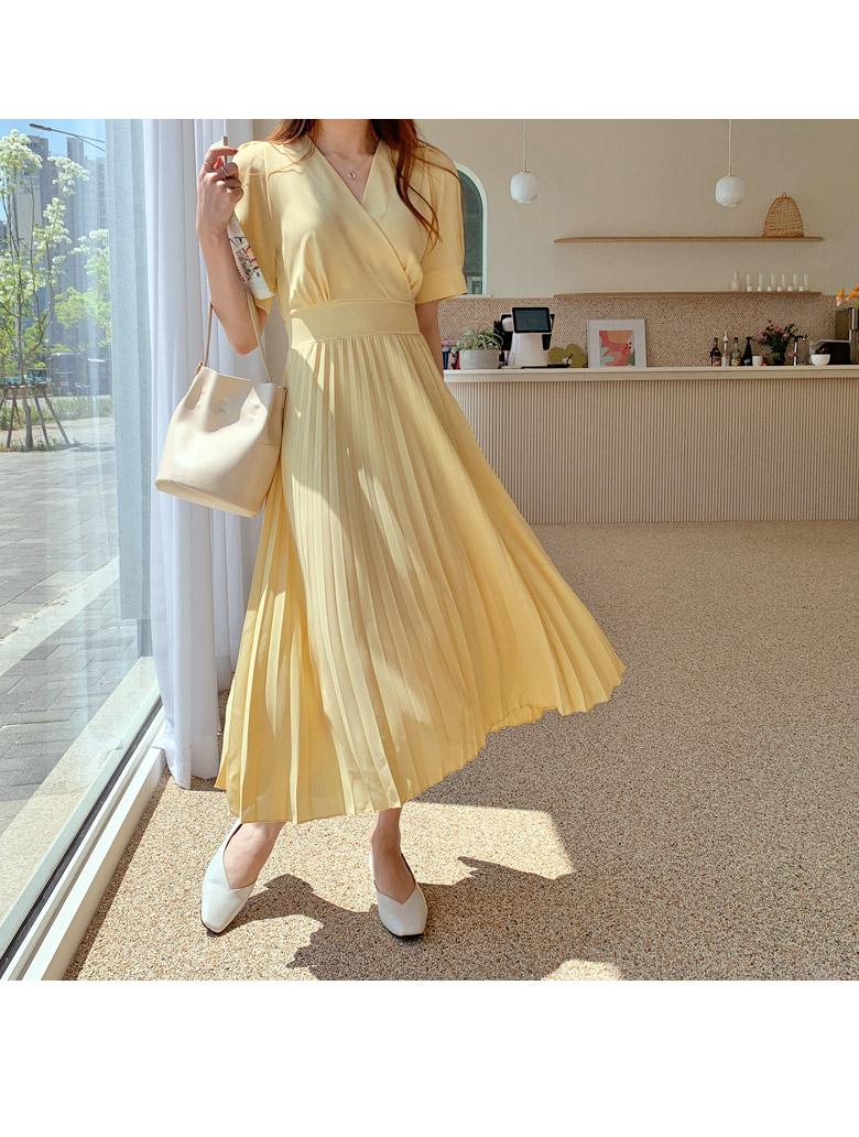 Elin Strap Pleats Long Dress