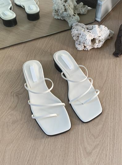 Ruin simple strap shoes