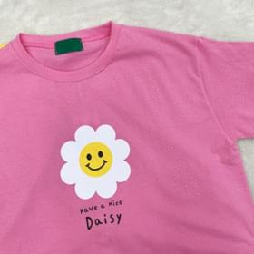 Cotton Daisy Crop Short Sleeve Tee