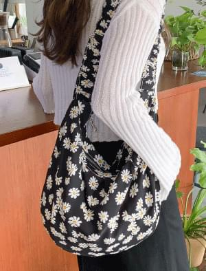 Banding strap floral shoulder bag 肩背包
