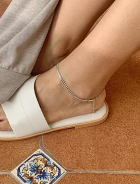 Silver layered anklets
