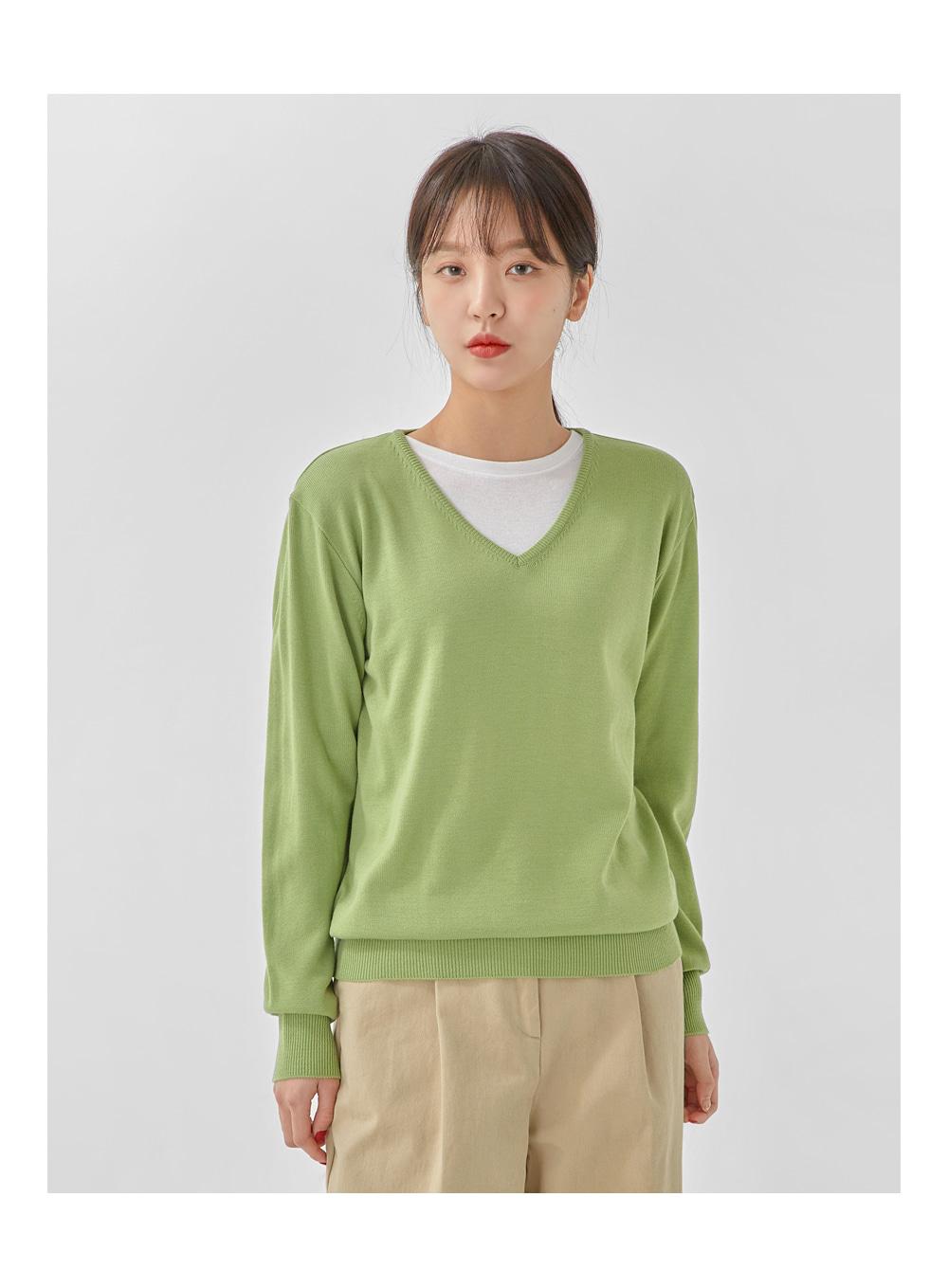 cash pastel v-neck knit