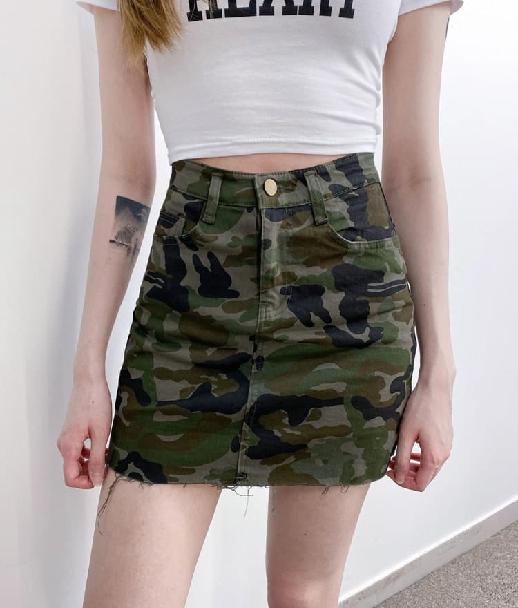 2008 camo skirt 裙子