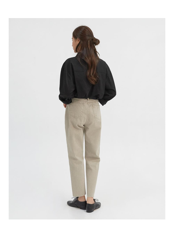catch on denim pants