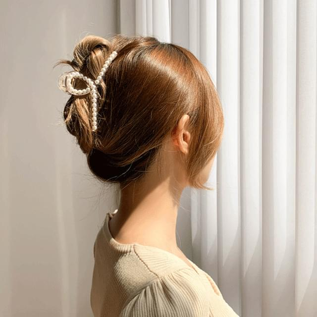 Pearl kink hair clip