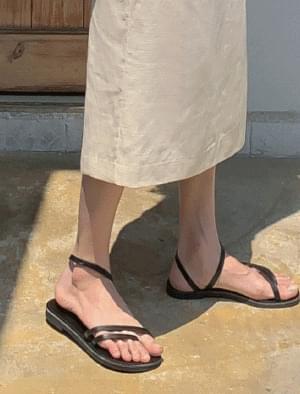 Unique stitch strap sandals