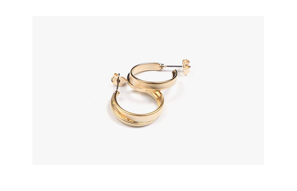 elegant loop earring