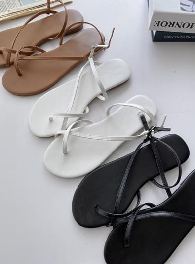 Solis hook shoes