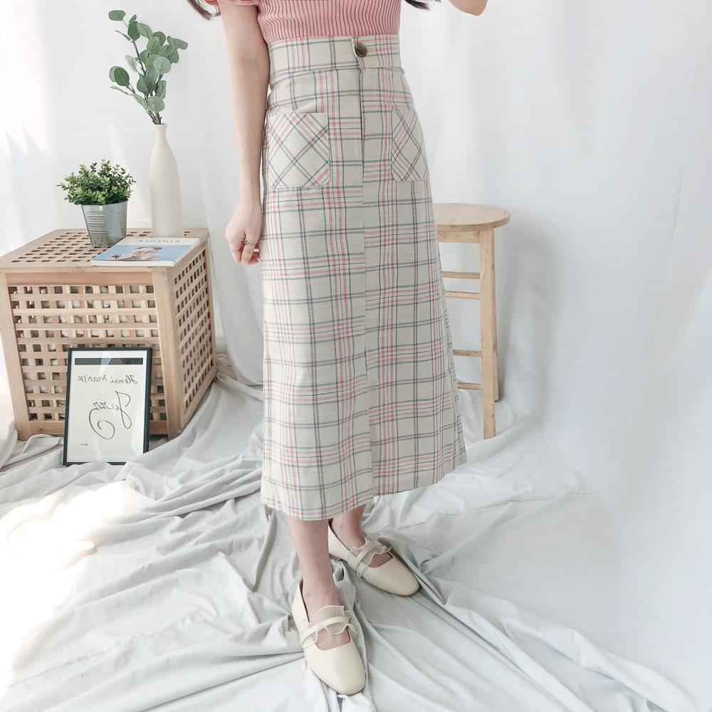 Check Yoni Long Skirt