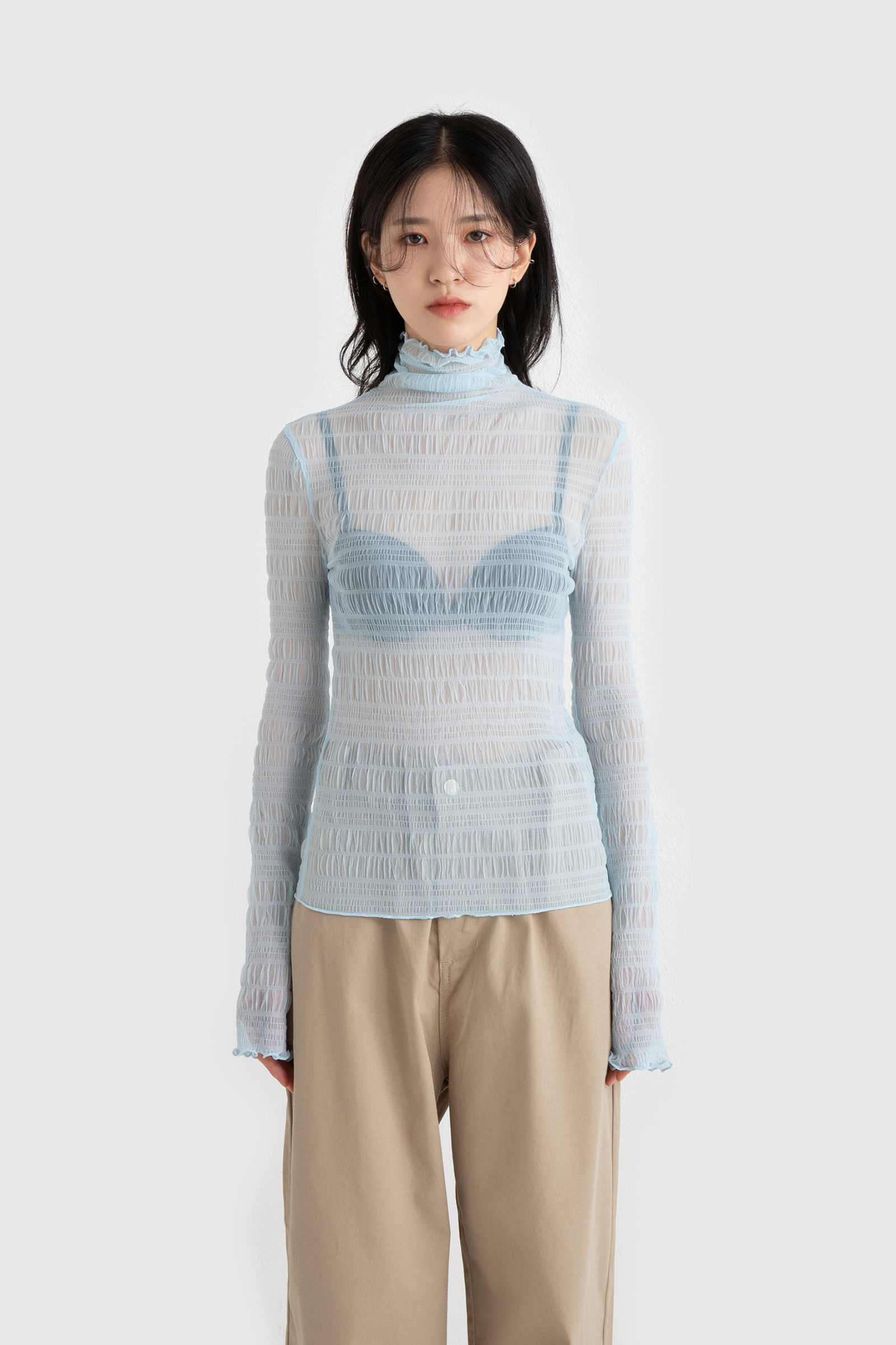 See-through wrinkle lace polar blouse