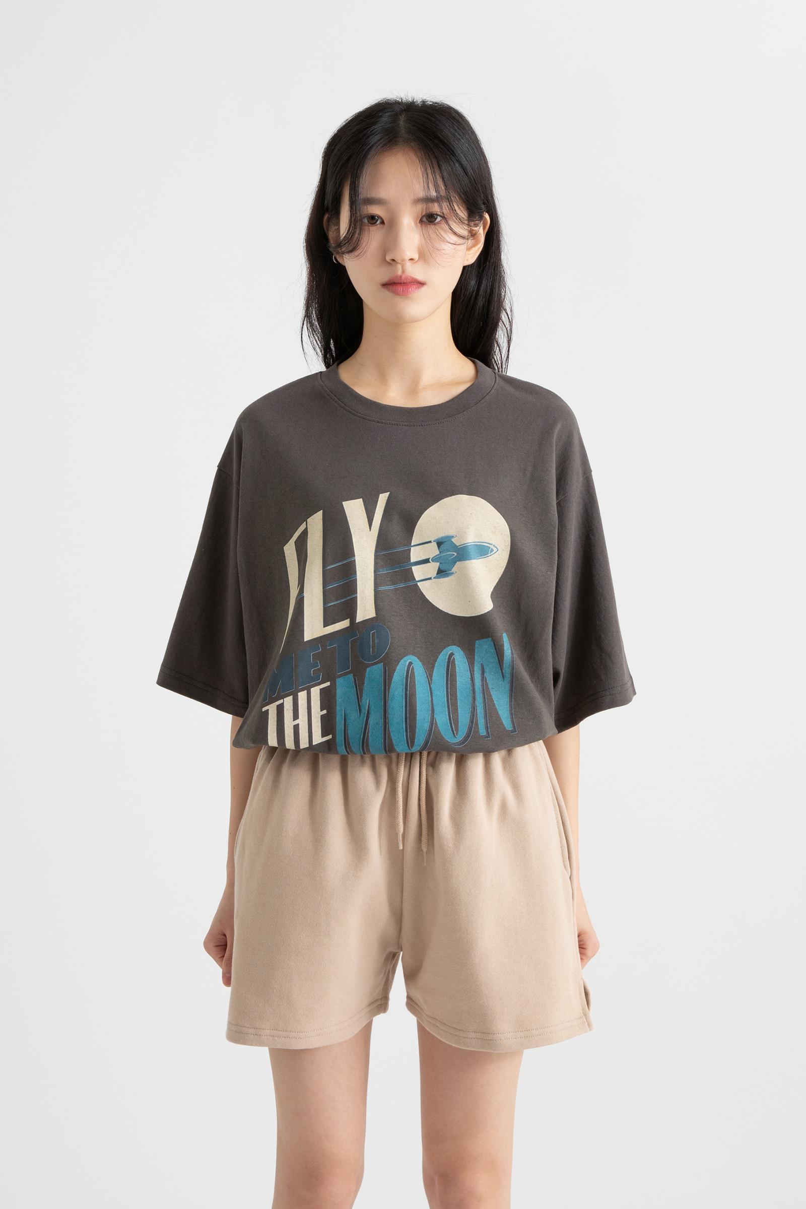 Flying printing round neck T-shirt