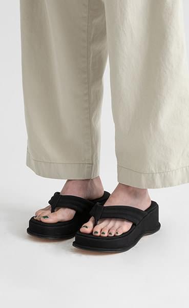Just platform flip flop sandals