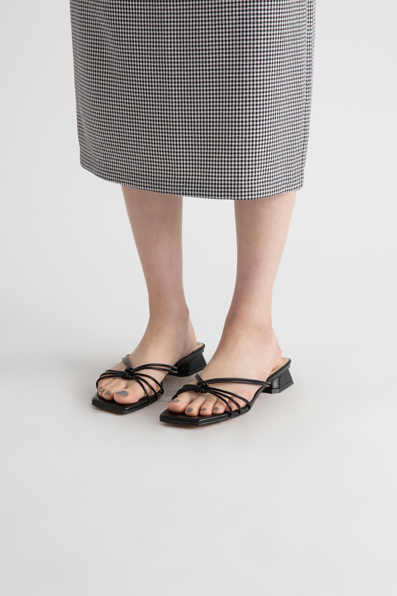 Cha Cha Twist Low Heel Sandals
