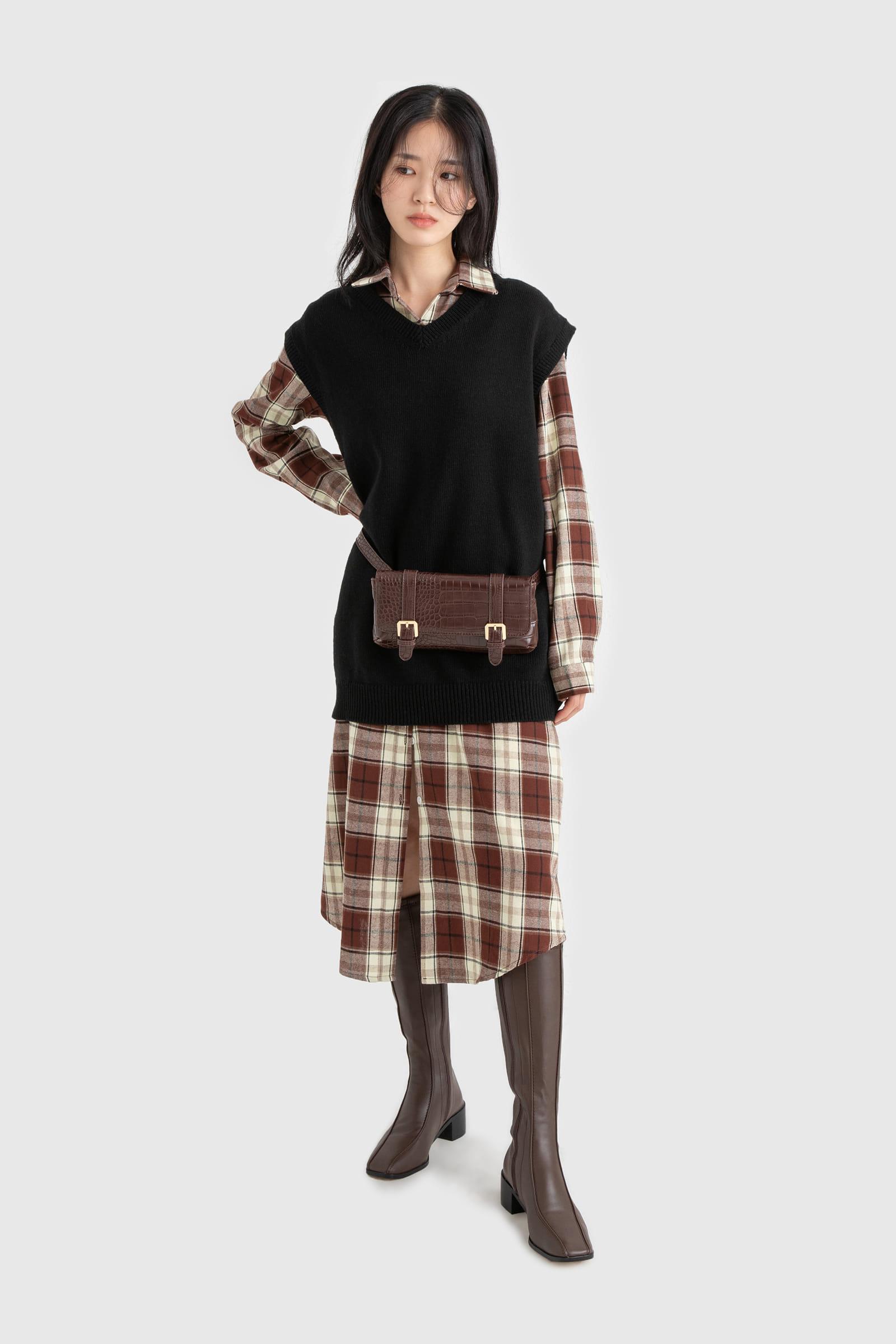 Unisex lambs wool V-neck knit best