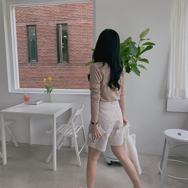 Flat cotton half pants