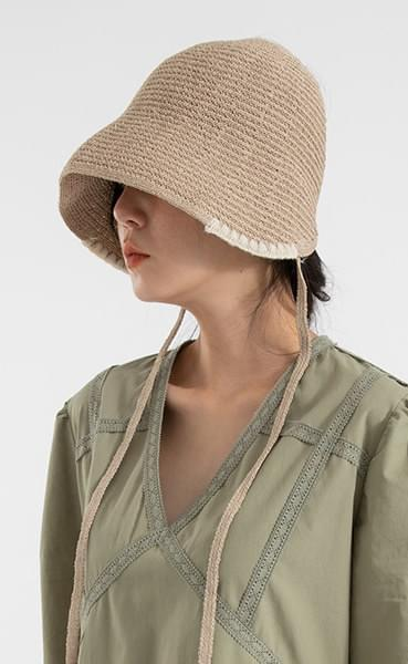 Point paper bucket hat