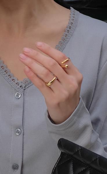 Sticky Ring