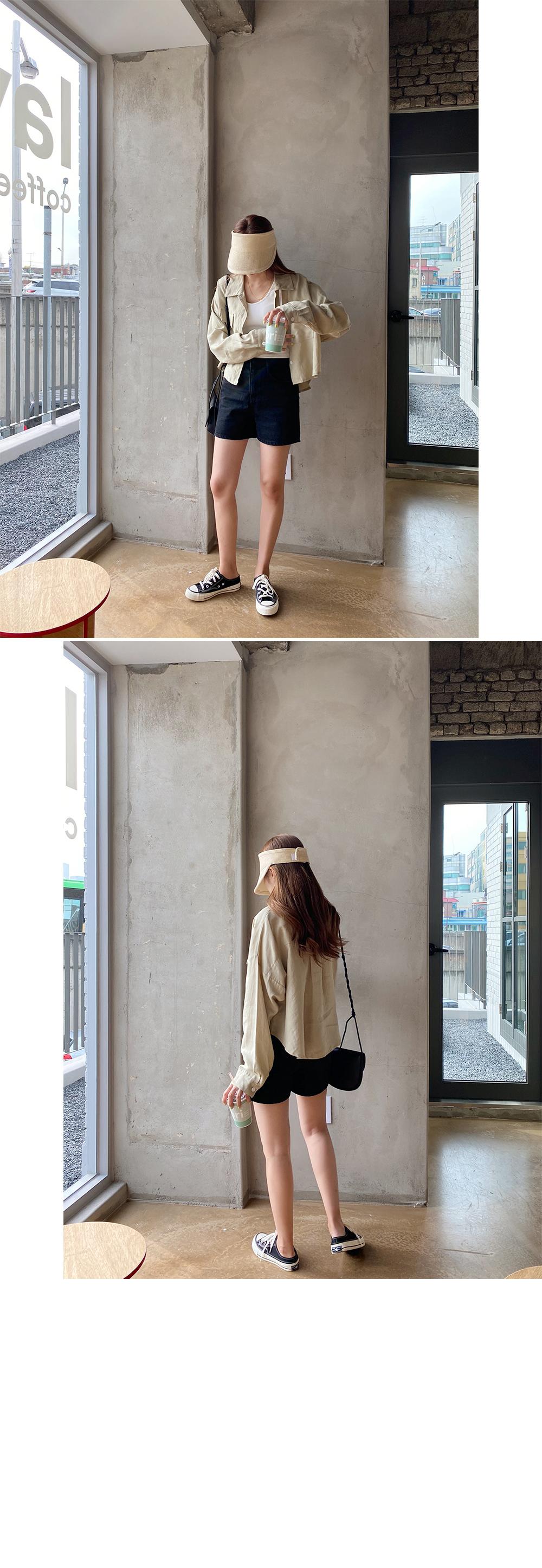 40 black short pants