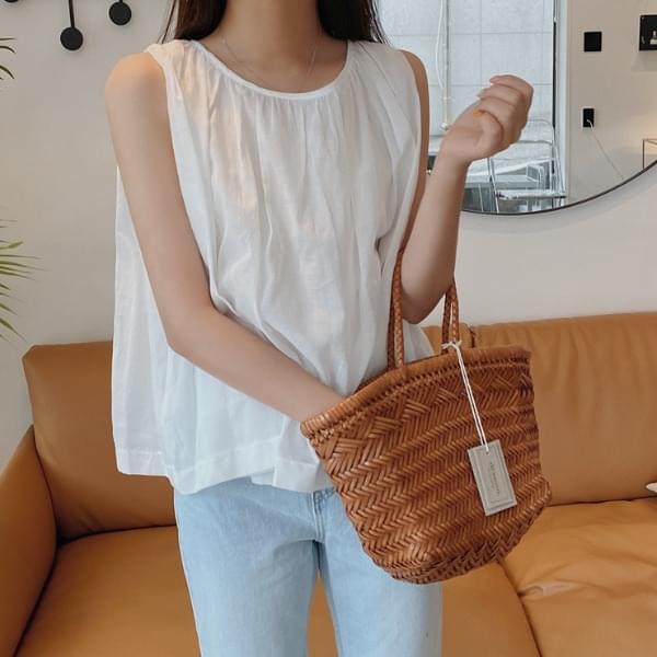 Flao shirring blouse