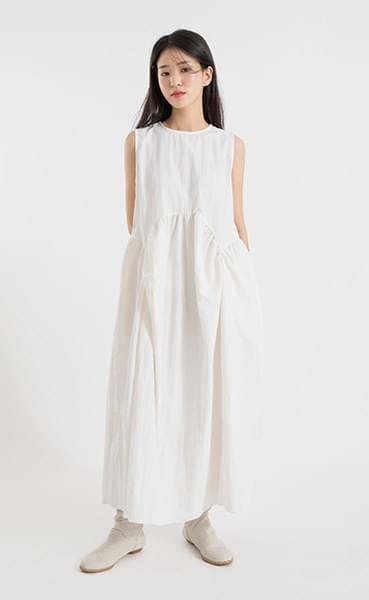 Pomi Balloon Shirring Maxi Dress